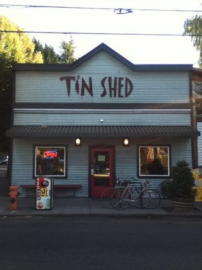 Tin Shed & Garden Cafe