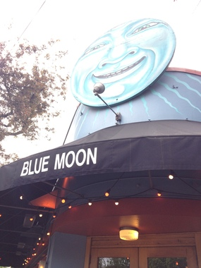 Blue Moon Tavern & Grill