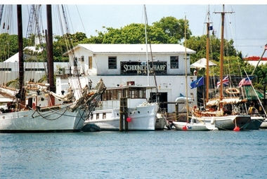 Schooner Wharf Bar
