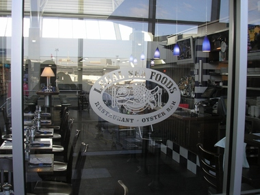 Legal Sea Foods - Logan Airport Terminal B