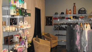 Color Salon &amp; Boutique