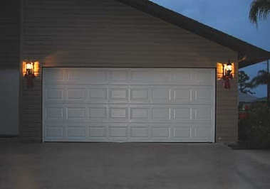 Encanto Leading Garage &amp; Gate
