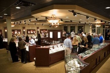 Raymond Lee Jewelers