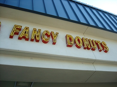 Fresh & Fancy Doughnuts