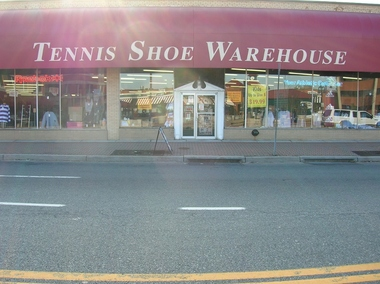 Tennis Shoes Warehouse