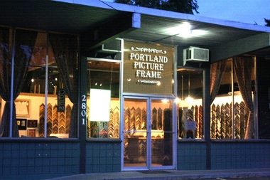 Portland Picture Frame