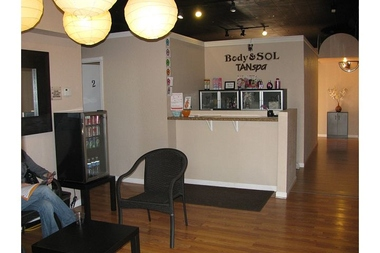 Body & Sol Tan Spa , tanning , massage , & Spray tan