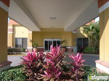 Baymont Inn &amp; Suites Florida Mall/Orlando