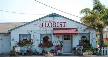 Grand Bouquet Florist