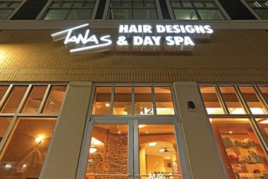 Tanas Hair Designs &amp; Day Spa