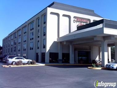 Quality Inn &amp; Suites Elk Grove Village/o&#039;hare