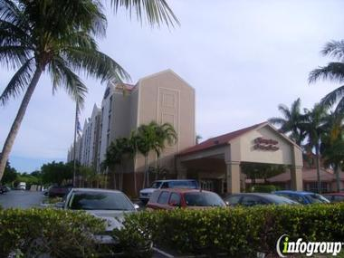 Hampton Inn &amp; Suites Fort Lauderdale Airport