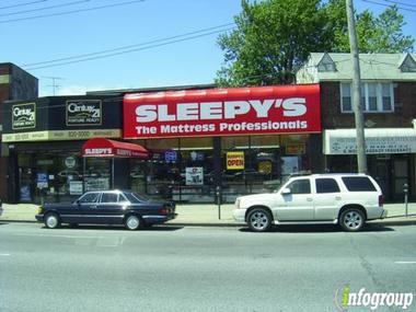 Sleepy's The Mattress Pros