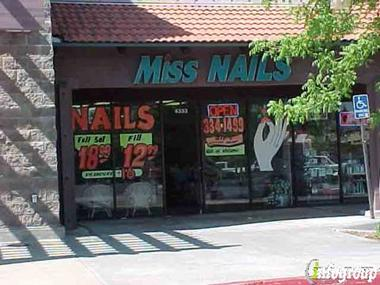 Miss Nails