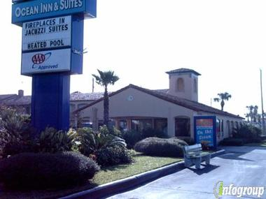 La Fiesta Ocean Inn &amp; Suites with Beachfront Bed And Breakfast