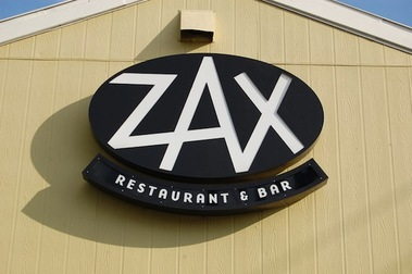 Zax Restaurant &amp; Bar